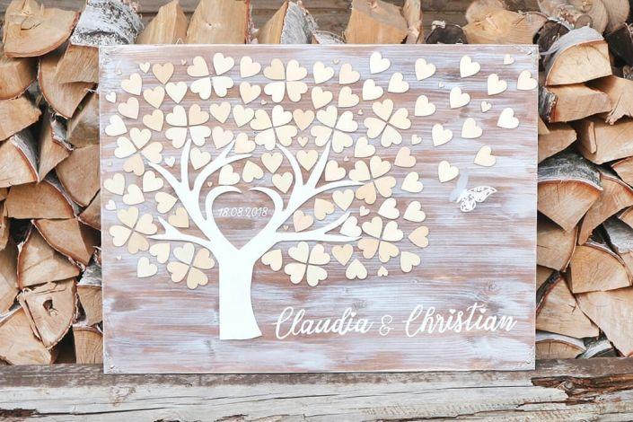 hochzeitsdeko-wedding_tree_aus_holz-holzbaum_holzschild_fuer_die _hochzeit-holzmitliebe